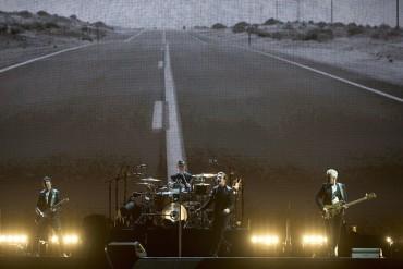 U2 подлудиха Сиатъл (ВИДЕО)