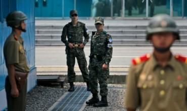 Северна Корея е задържала американец