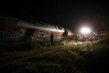 Влак дерайлира в Гърция