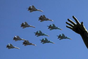 Руските пилоти от Сирия ще летят над Червения площад