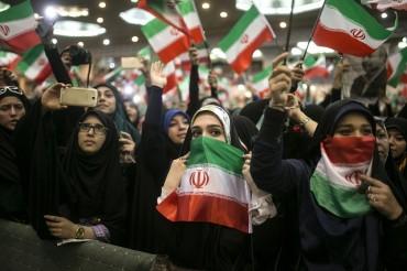 Иран: Америка въоръжава опасни терористи