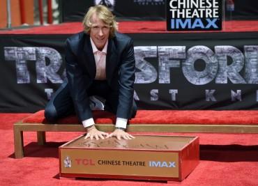 Холивуд почете екшън икона (ВИДЕО+СНИМКИ)