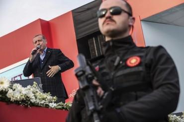 Ердоган: Извънредното положение остава