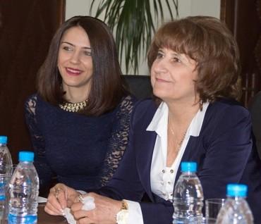Иванка Баева: С новите областни управляващите бързат да кадруват!