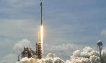 SpaceX изстреля първия български сателит