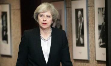 Тереза Мей е готова да пожертва човешки права