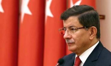 Давутоглу: Управляващите в Анкара са болни