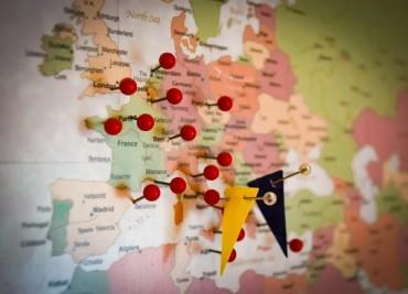 Българите не вярват в България, но подкрепят ЕС