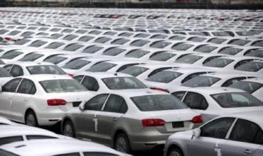 В Германия само фирмите купуват нови коли