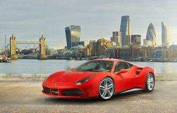 Пет нови Ferrari са купени в България за половин година