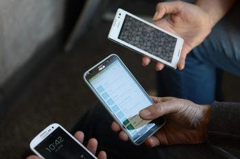 Смартфони с цена до 500 лв. са най-търсената стока на изплащане в България