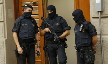 Шофьорът на буса, окървавил Барселона, може да е мъртъв