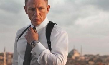 Агент 007 се оказа музикален експерт (ВИДЕО)