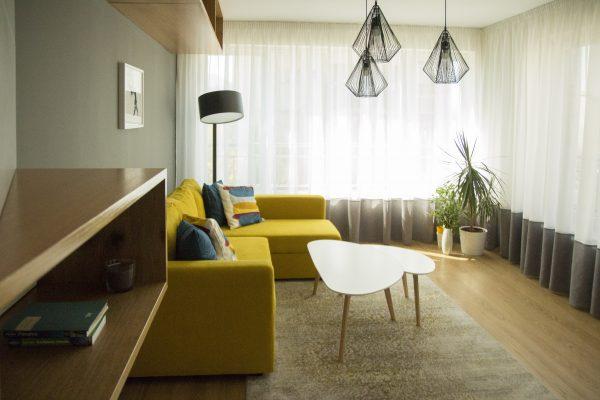 Пълна промяна на жилище в Студентски град с геометрични акценти