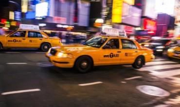 Жена обра банка и се прибра с… такси