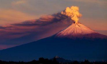 Мексикански вулкан се активизира (ВИДЕО)