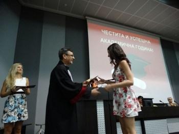 """МУ-Плевен запълни и допълнителните 15 места за студенти по """"Фармация"""""""