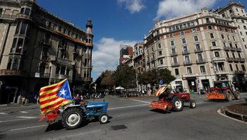 Обичаме Испания, но в неделя референдум ще има, заявиха каталунски лидери