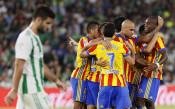 Рядко срещан резултат в Испания, Валенсия диша във врата на Барса