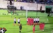 Виждали ли сте такава стена във футбола?