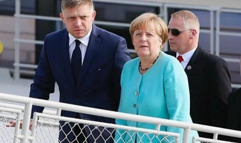 Меркел започна преговори за коалиция