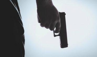 Полицай уби тъмнокожия приятел на дъщеря си