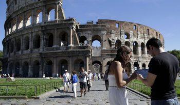 Таксиджиите в Рим ще преминат курс по добри обноски