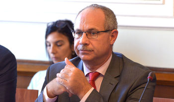 Антон Тодоров няма да е безпристрастен шеф на Комисията по досиетата, предупреждават журналисти и преподаватели