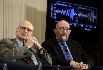 Изследователи на гравитационните вълни взеха Нобел за физика