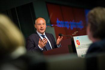 Лидерът на ПЕС Сергей Станишев постави пет задачи пред лидерите на ЕС
