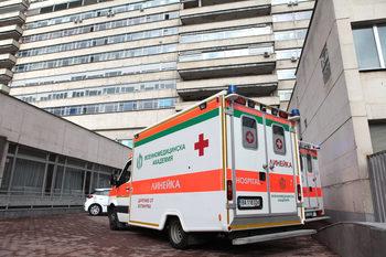 Общо 17 души са пострадали в преобърналия се автобус снощи