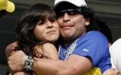 Марадона иска затвор за дъщеря си