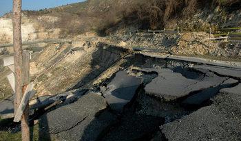 Регионалното министерство отдели 15.5 млн. лв. за укрепване на свлачища през 2018 г.
