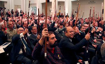 Пучдемон пред каталунски кметове в Брюксел: Искаме нова държава без заплахи за уволнение