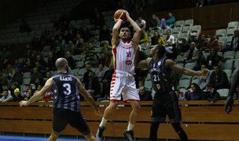 """Баскетболният """"Лукойл Академик"""" взе важен успех в Тбилиси"""
