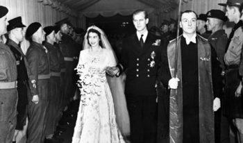 Кралица Елизабет и принц Филип празнуват 70 години брак