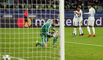 """""""Челси"""" се класира за осминафиналите в Шампионската лига след разгром над """"Карабах"""""""
