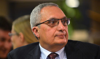 Горд съм с приватизацията, мит е, че е престъпна, обяви Иван Костов
