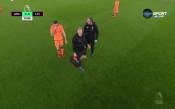 Ранен удар по Ливърпул в дербито, капитанът се контузи