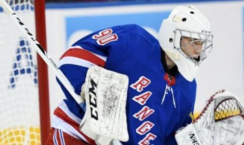 Историческо! Българин заигра в НХЛ