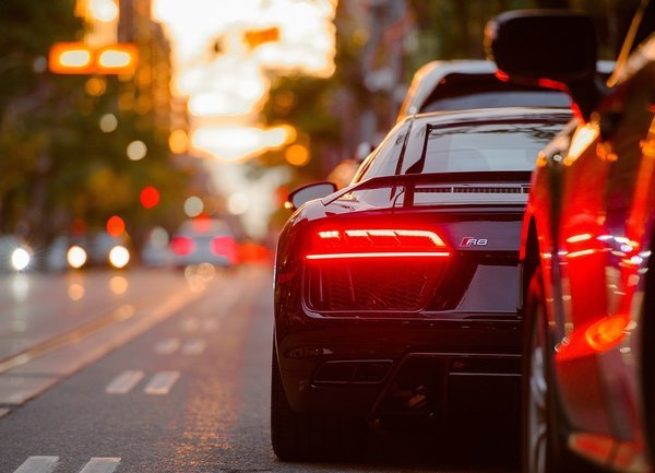 Денонощна пътна помощ-умният избор при повреда на пътя