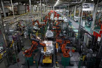 Преквалификацията на кадрите срещу настъплението на индустриалните роботи