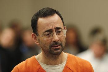 Лекарят на американския отбор по гимнастика беше осъден на 60 години по обвинения в детска порнография