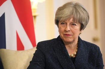 Великобритания няма да плати нищо за Брекзит без споразумение по всички теми с ЕС, заяви Мей