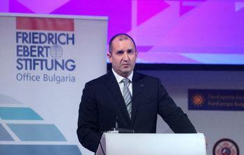 Организация поиска президентът Румен Радев да наложи вето върху антикорупционния закон
