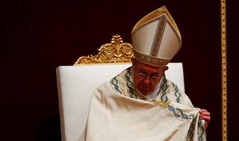 """Папа Франциск: Човечеството """"пропиля и накърни"""" 2017 г. по много начини"""