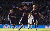 Луис Суарес вече е седми голмайстор в историята на Барселона