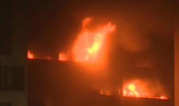 Пожар изпепели 1400 коли (ВИДЕО)