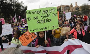 """Нито """"трети пол"""", нито """"транссексуални бежанци"""" – какво означава Истанбулската конвенция за България"""