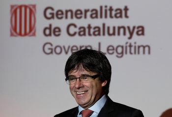 Сепаратистите чакат Пучдемон да реши дали ще се върне в Испания, за да бъде премиер